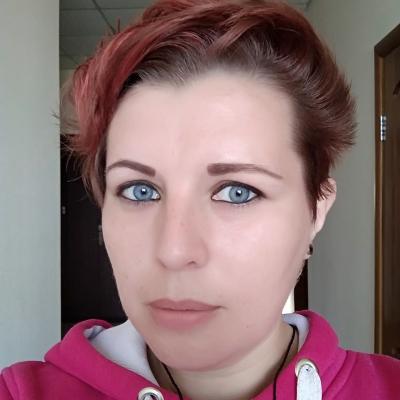 Yana Sharova PR manager